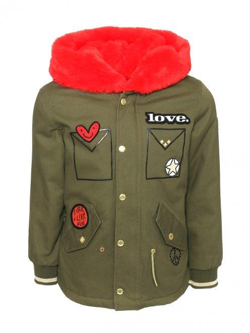 Куртка с аппликацией - Общий вид