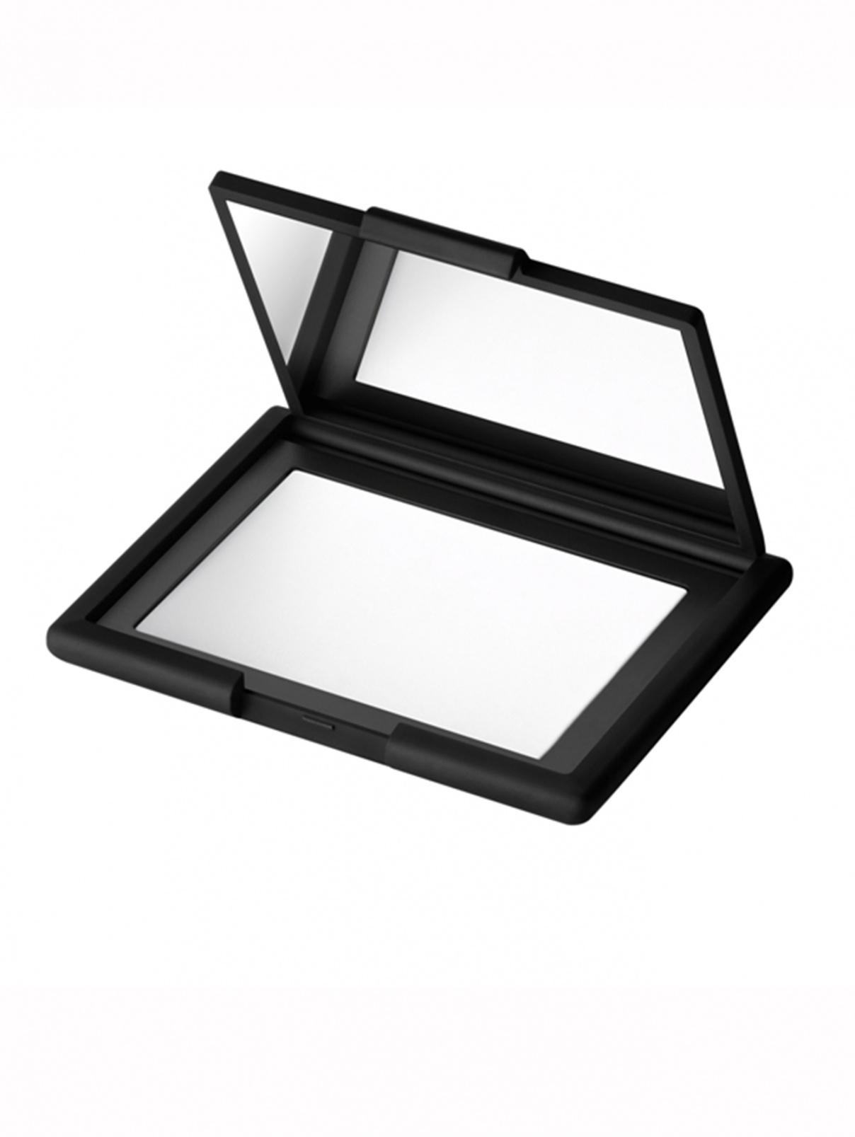 Светоотражающая фиксирующая компактная пудра Makeup NARS  –  Общий вид
